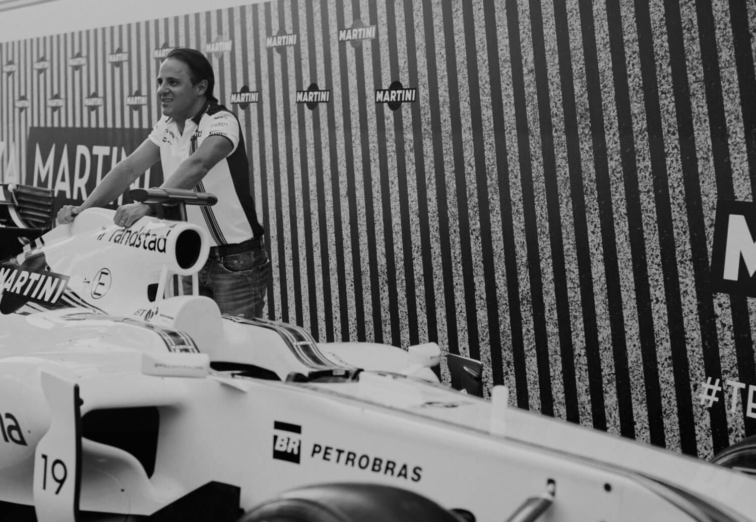 how-grand-prix-got-its-glamour-back-body-image-1441969171